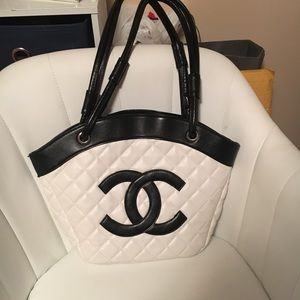 Handbags - Fake Chanel purse